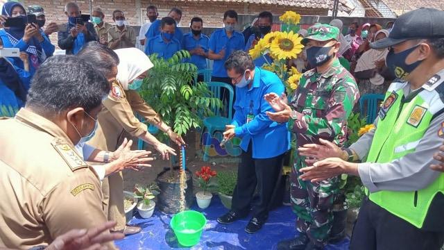 Bupati: Pemkab Bojonegoro Berkomitmen Terhadap Ketersediaan Air Bersih Warga (22125)