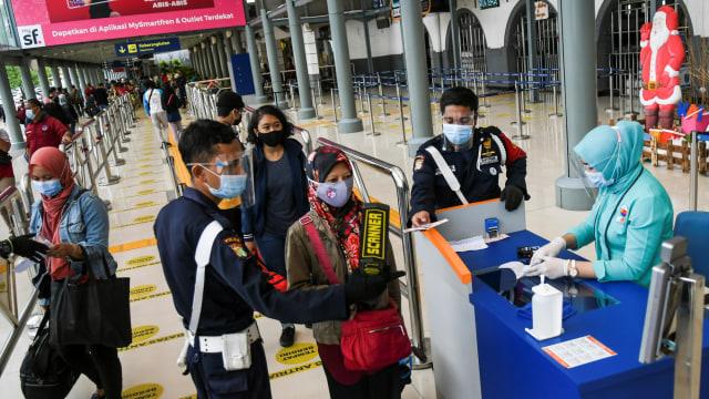 Berlaku Mulai 1 April, Ini Aturan Terbaru Naik Kereta Api di Masa Pandemi (21955)