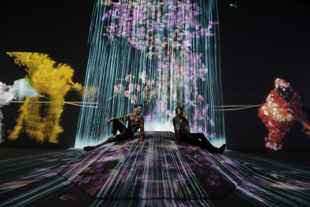 Sambut Tahun Baru, Milenial Glow Garden Hadir Lebih Awal (148450)