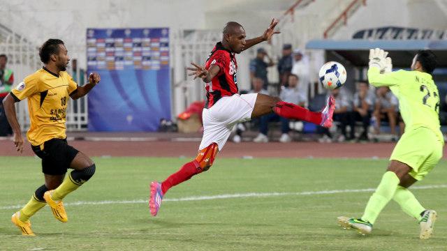 Presiden Borneo FC Klaim Boaz Solossa Pemain Lokal Termahal di Indonesia (273315)