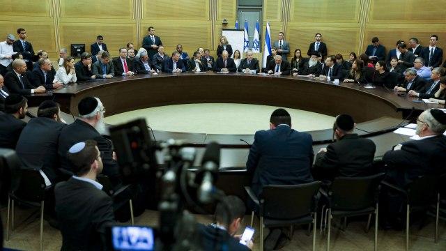 Godaan Membuka Hubungan Diplomasi dengan Israel  (95668)