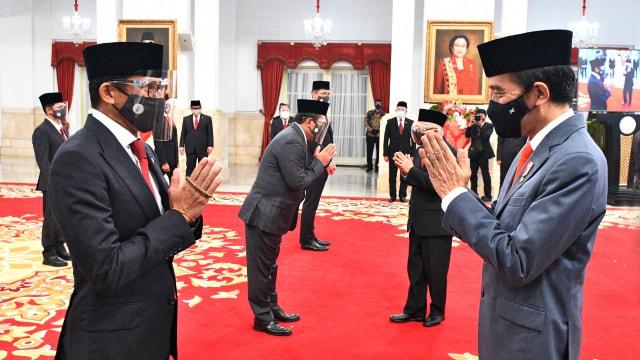 PKS Sedih Prabowo-Sandi Akhirnya Masuk Kabinet Jokowi: Backfire (20368)