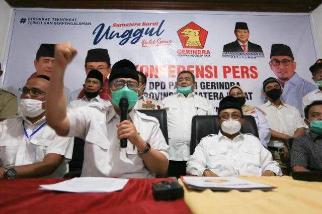Paslon Gubernur Sumbar NA-IC Sah Ajukan Gugatan Sengketa Pemilu ke MK (19924)
