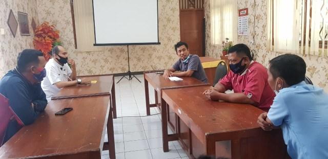 Pabrik Beton di Tegal Tutup, Karyawan Tuntut Pesangon (33610)