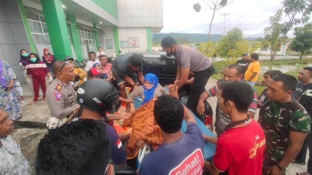 Bus Pariwisata Alami Rem Blong di Halmahera Barat, 2 Meninggal, 16 Terluka (123924)