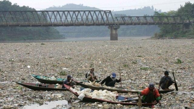 Pencemaran Sungai Citarum dan Tanggung Jawab Sosial Perusahaan (49128)