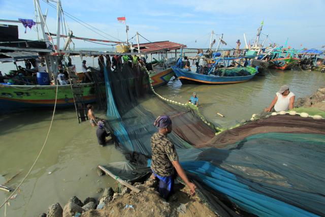 Banyak Maling Ikan, KKP Izinkan Penggunaan Pukat di Wilayah Tertentu (157193)