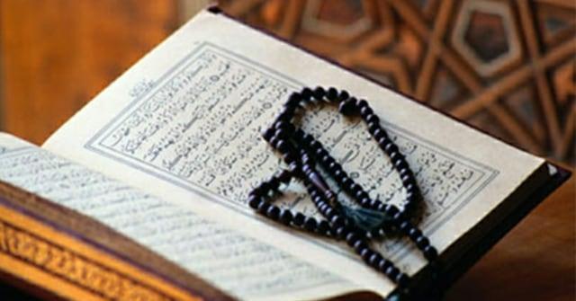 Bacaan Ayat Kursi Dan Artinya Yang Perlu Umat Muslim Ketahui Kumparan Com