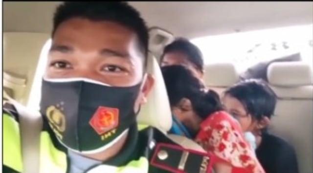 Ibu-ibu Bawa 2 Anak Jalan Kaki Lampung-Jakarta Lewat Tol Sambil Nangis (35379)