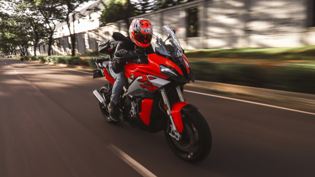 Video: Test Ride BMW S1000XR, Moge Touring yang Asyik Buat Riding Jauh (97431)