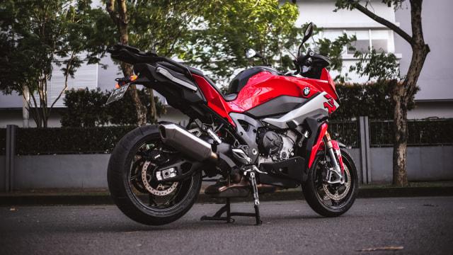 Test Ride Motor Sultan BMW S1000XR untuk Harian, Seberapa Nyaman? (140166)