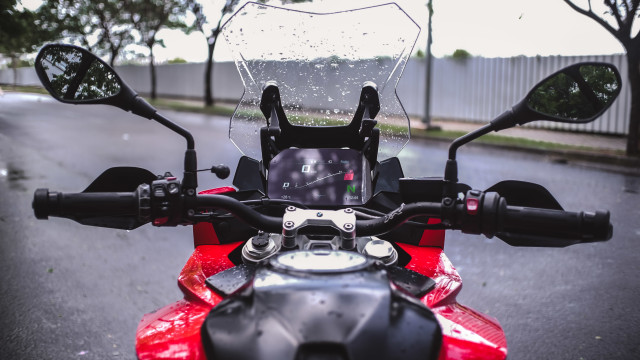 Test Ride Motor Sultan BMW S1000XR untuk Harian, Seberapa Nyaman? (140168)