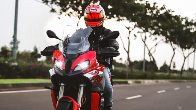Berita Menarik: Masih 'Manasin' Motor Injeksi; Edisi Perpisahan Yamaha SR400 (73869)