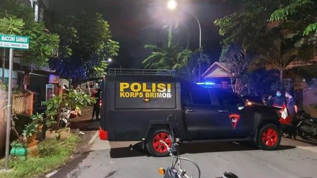 Masjid Mujahidin di Makassar Diteror Bom, Polisi Lakukan Penyisiran  (45795)