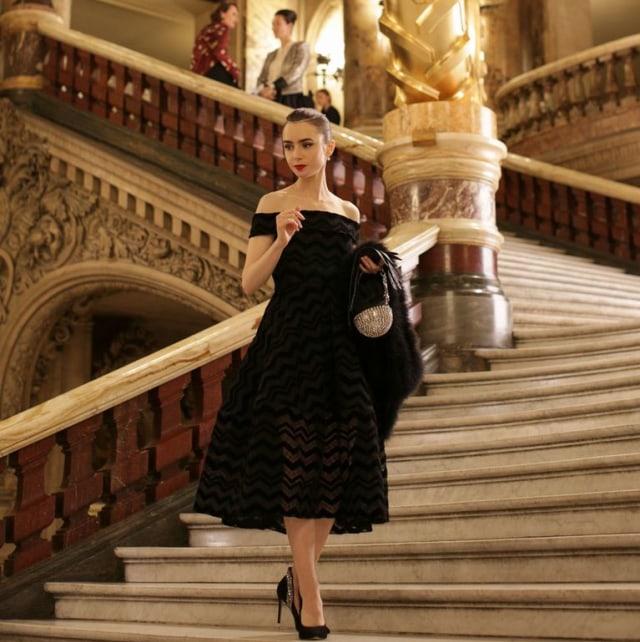 7 Momen Fashion Terbaik dari Film & Serial Netflix di Sepanjang 2020 (1210)