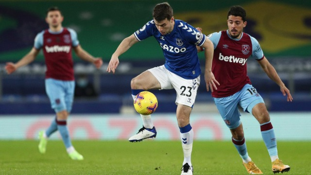 Stockport Vs West Ham Prediksi Skor Line Up Head To Head Jadwal Tayang Kumparan Com