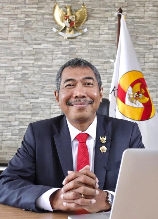 Komisi Aparatur Sipil Negara Komentari Sikap Unpad Berhentikan Wadek karena HTI (143251)
