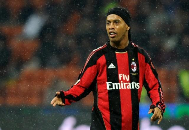 Kisah Ronaldinho: Sempat Sisa Rp 95 Ribu di Rekening, Kini Raup Rp 13 Miliar (52099)
