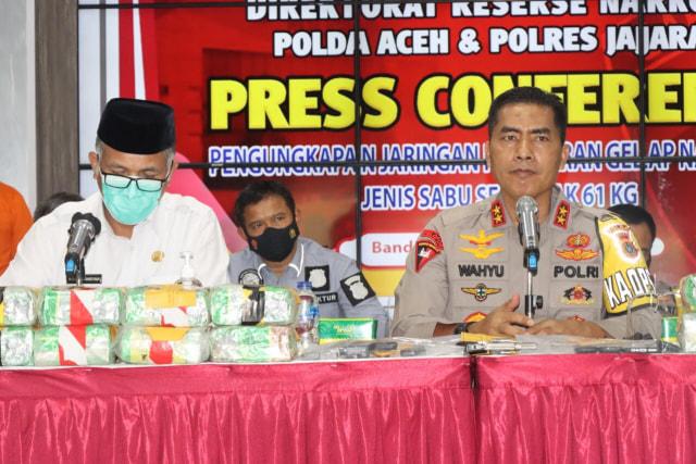 Polda Aceh Gagalkan Peredaran 61 Kg Sabu Jaringan Internasional, 1 Senpi Disita (59945)