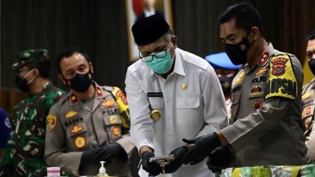 Foto: Ungkap Narkoba Jaringan Internasional, Polda Aceh Sita 61 Kg Sabu-1 Pistol (120294)
