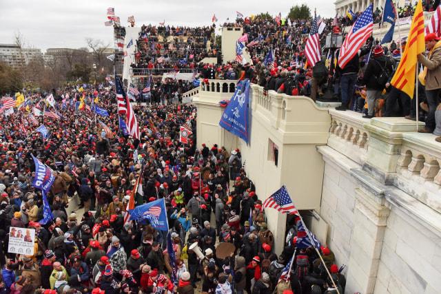 Kerusuhan di Gedung Capitol Diawali Oleh Provokasi Trump