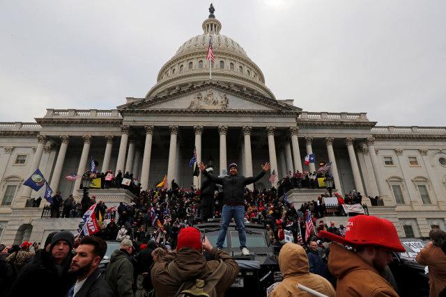 Menhub AS Mundur dari Gedung Putih Buntut Kericuhan di Capitol Hill (125617)