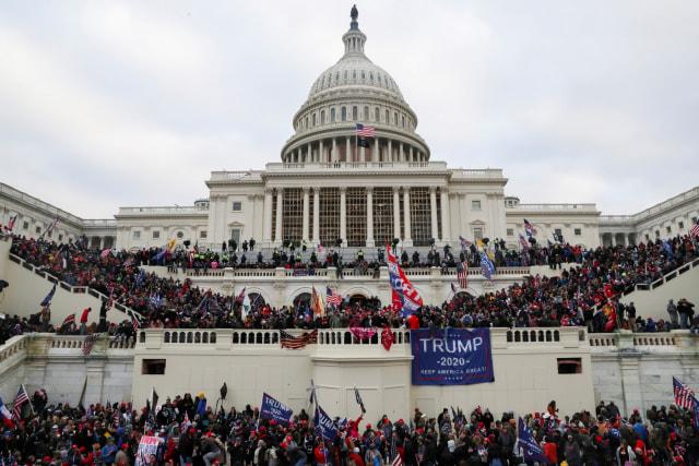 Anggota Senat AS Partai Demokrat Desak Donald Trump Mundur dari Jabatannya (28076)
