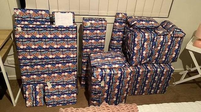 Kangen Anak dan Cucu, Wanita Ini Rela Membeli dan Menyimpan Lusinan Hadiah Natal (78924)