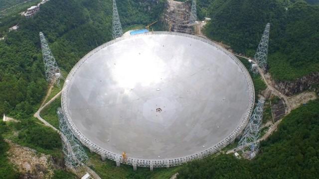 Teleskop Raksasa China Sangat Sensitif untuk Buru Alien (25702)