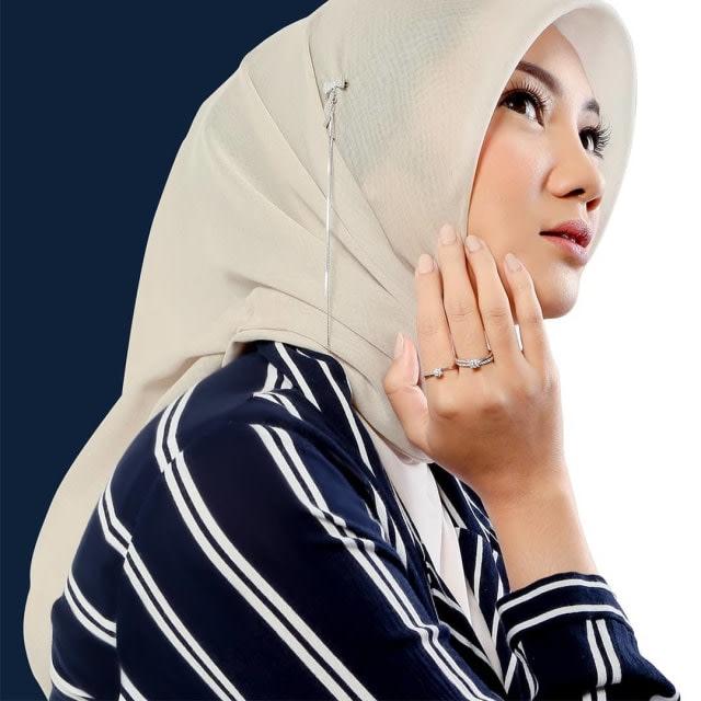 Anti-Berantakan, 4 Tips Agar Hijab yang Kamu Kenakan Tampak Rapi Seharian (17819)