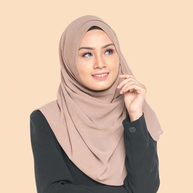 4 Tips Menyimpan Koleksi Hijab agar Tak Berantakan (288044)