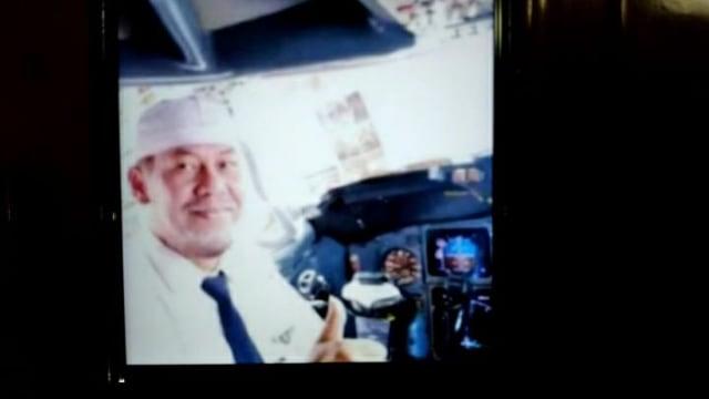 Jenazah Pilot Sriwijaya Air SJ 182 Capt Afwan Teridentifikasi (257036)