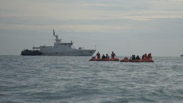 LIVE: Laporan Langsung dari Lokasi Jatuhnya Pesawat Sriwijaya Air (121636)