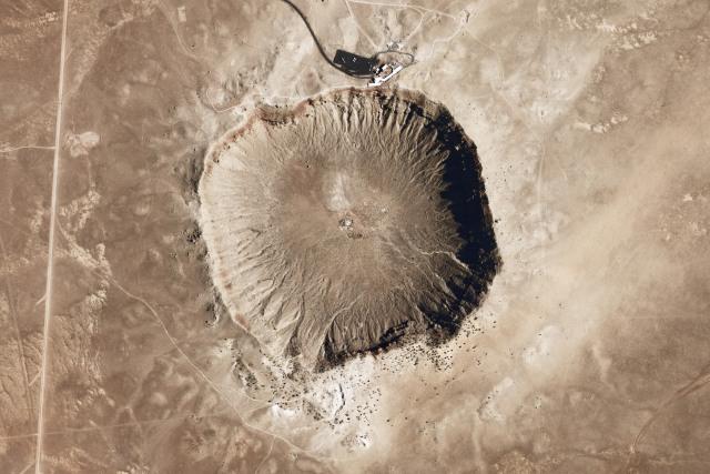 Para Leluhur Menciptakan Senjata dari Bahan Meteorit sejak Zaman Perunggu (14815)