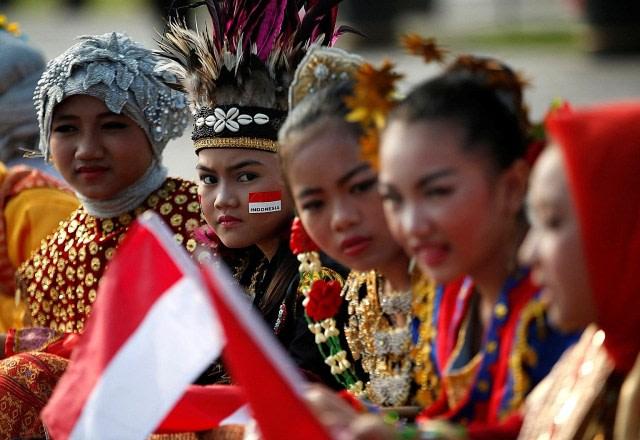Unsur Unsur Pembentuk Identitas Nasional Bangsa Indonesia Ada Suku Hingga Agama Kumparan Com