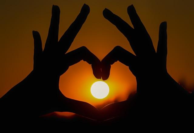 Kata Kata Bijak Cinta Untuk Para Pejuang Cinta Kumparan Com