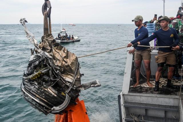 Penjelasan KNKT soal Autothrottle dan Potensi Kerusakan Sriwijaya Air SJ 182 (144192)