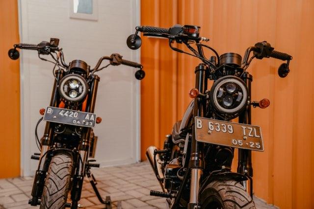 Modifikasi Motor Bebek 'Pengangkut Galon' Jadi Monkey Bobber, Segini Biayanya (25671)