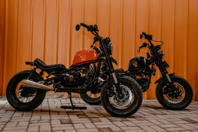 Modifikasi Motor Bebek 'Pengangkut Galon' Jadi Monkey Bobber, Segini Biayanya (25670)