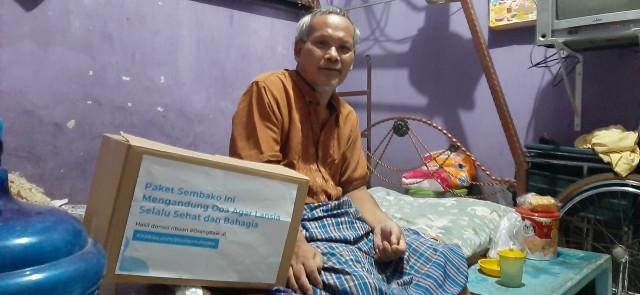 Gratis! Toko Anda Bagi-bagi Sembako untuk Para Lansia di Jakarta Timur. (267685)