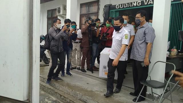 Pemprov Riau Distribusikan 15.240 Dosis Sinovac ke 3 Daerah (145938)