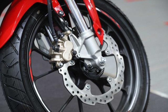 Foto: Honda CBR150R Terbaru, Tampangnya Mirip CBR250RR! (113144)