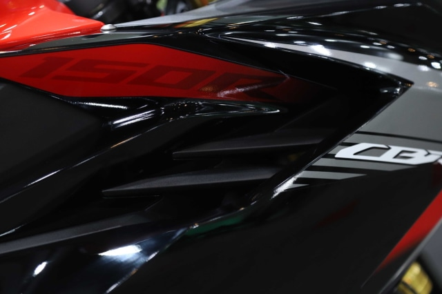 Foto: Honda CBR150R Terbaru, Tampangnya Mirip CBR250RR! (113146)