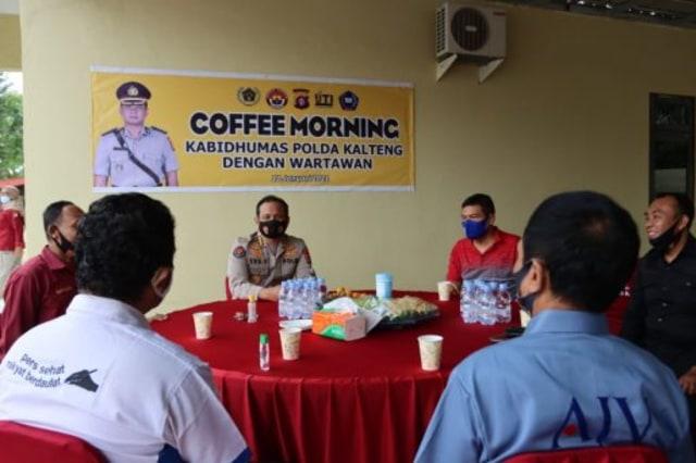 Usai Dilantik, Kabid Humas Polda Kalteng Gelar Coffee Morning dengan Wartawan (35434)