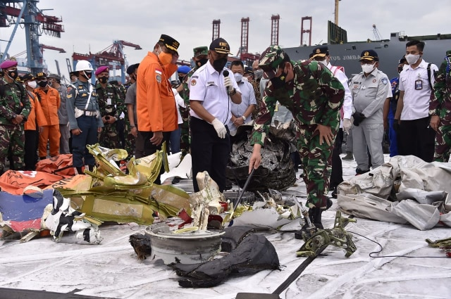 Hasil Investigasi Awal KNKT soal Jatuhnya Sriwijaya Air SJ 182 (272294)