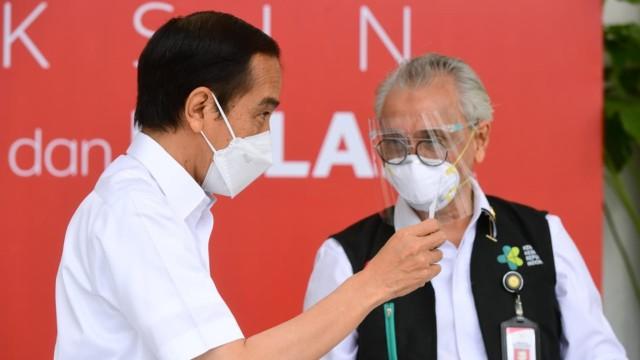 Fakta-fakta Jokowi Disuntik Vaksin dan Vaksinasi Corona Perdana di Indonesia  (121159)