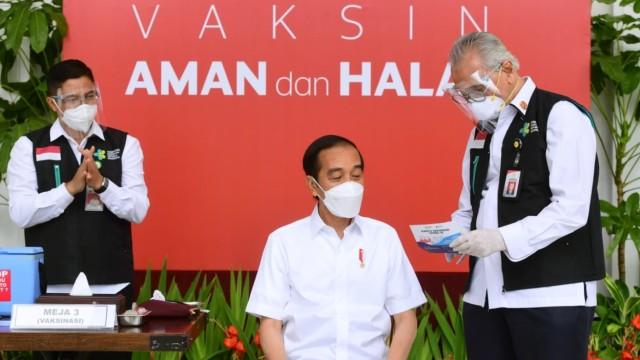 Jokowi: Banyak Pengusaha Tanya Apa Bisa Vaksin Mandiri, Kenapa Tidak? (177225)