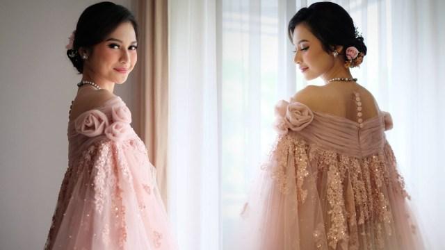 Indah Permatasari Menikah, Pakai Busana yang Terinspirasi dari Baju Bodo (422964)
