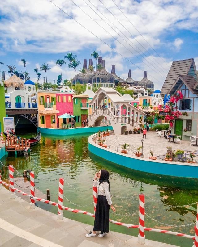 7 Tempat Wisata Instagramable dan Kekinian di Kota Semarang (131385)