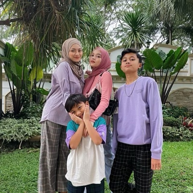 7 Potret Manja Rizwan dan Ferdi Bareng Nathalie Holscher saat Liburan di Bali (33980)